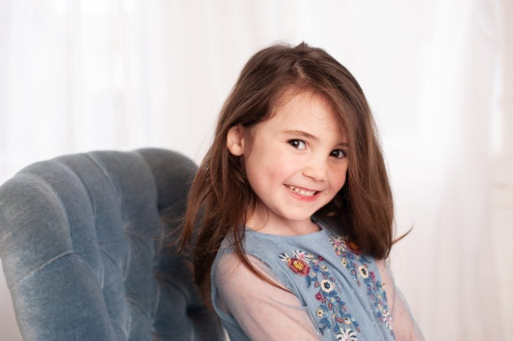 Little Girl, zara, button back chair, kids portraits, brunette, chislehurst, kent, kids photos