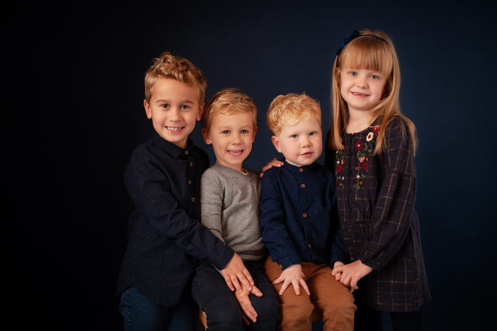 childrens portrait, cousins, siblings, fine art, petts wood, kent, boys, girl