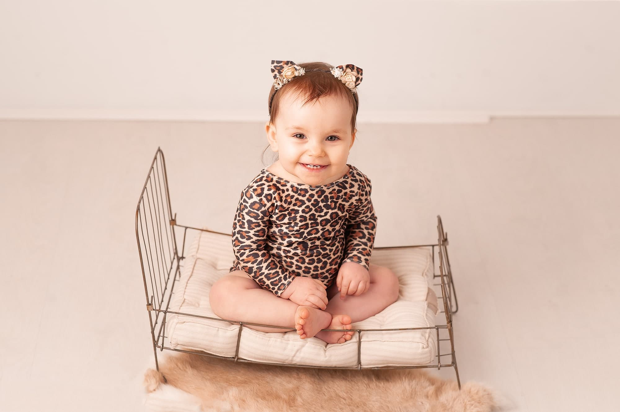 little sitter, milestone, baby girl, chislehurst, london photographer,