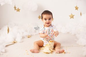 in the clouds, stars, white, cake smash, joules, ashleigh shea photography, bromley, kent, first birthday