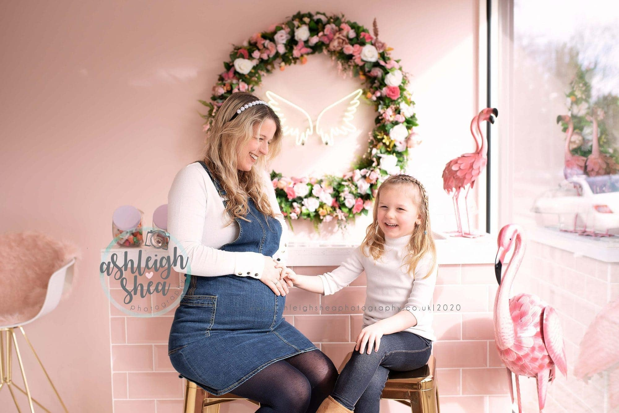 Mum and Daughter, Baby Love, Mum To Be, Maternity Portraits, Pregnancy Pictures, Pregnant, Ashleigh Shea Photography, Blend Make Up London, Bromley, Sidcup, London,Kent