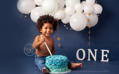 Three reasons to book a baby cake smash photography session for your lockdown baby