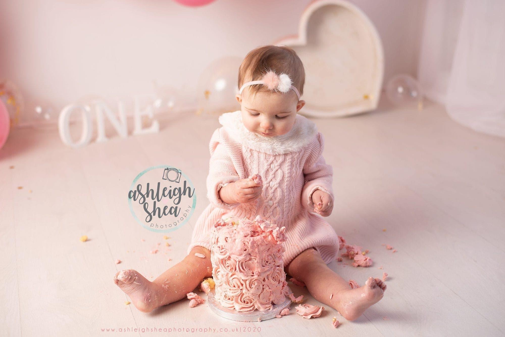 Pink Cake, Smash Cake, One, Ashleigh Shea Photography, London, Sidcup